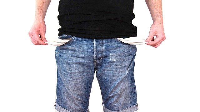 spłacić dług